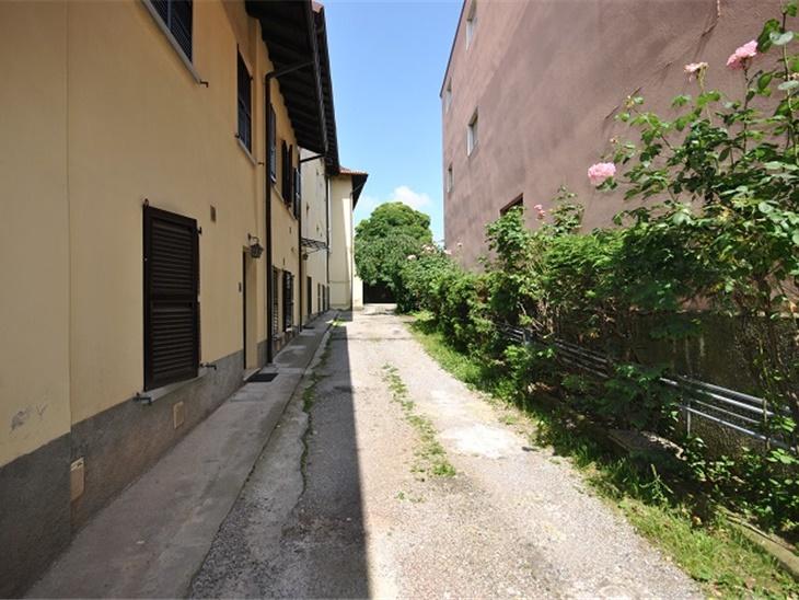 Appartamento, villa, negozio e affitto | VALBREMBO Via Roma